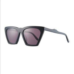 Illesteva Lisbon Sunglasses - brand new
